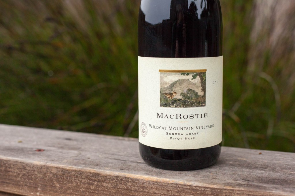 2011 MacRostie Winery Vineyard Pinot noir lynx